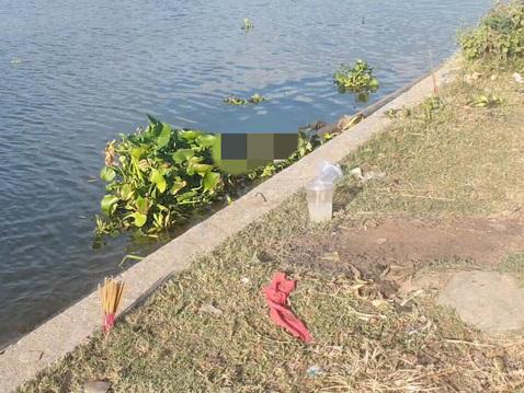 TP HCM: Để lại lá thư tuyệt mệnh cùng khoản nợ 800 triệu đồng, người đàn ông gieo mình xuống sông Sài Gòn