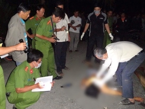 Cà Mau: Đang đi đường, nam thanh niên bị chặn xe, đâm tử vong