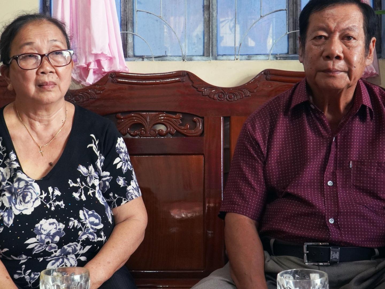 Mẹ Vân Quang Long: Bất kì chuyện gì 'bọn chúng' cũng có thể chửi được, chồng tôi nói 'chỉ muốn chết đi'